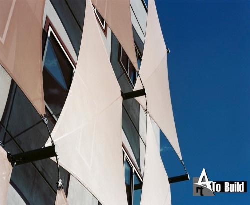 Здание фабрики / Петр Zinganel